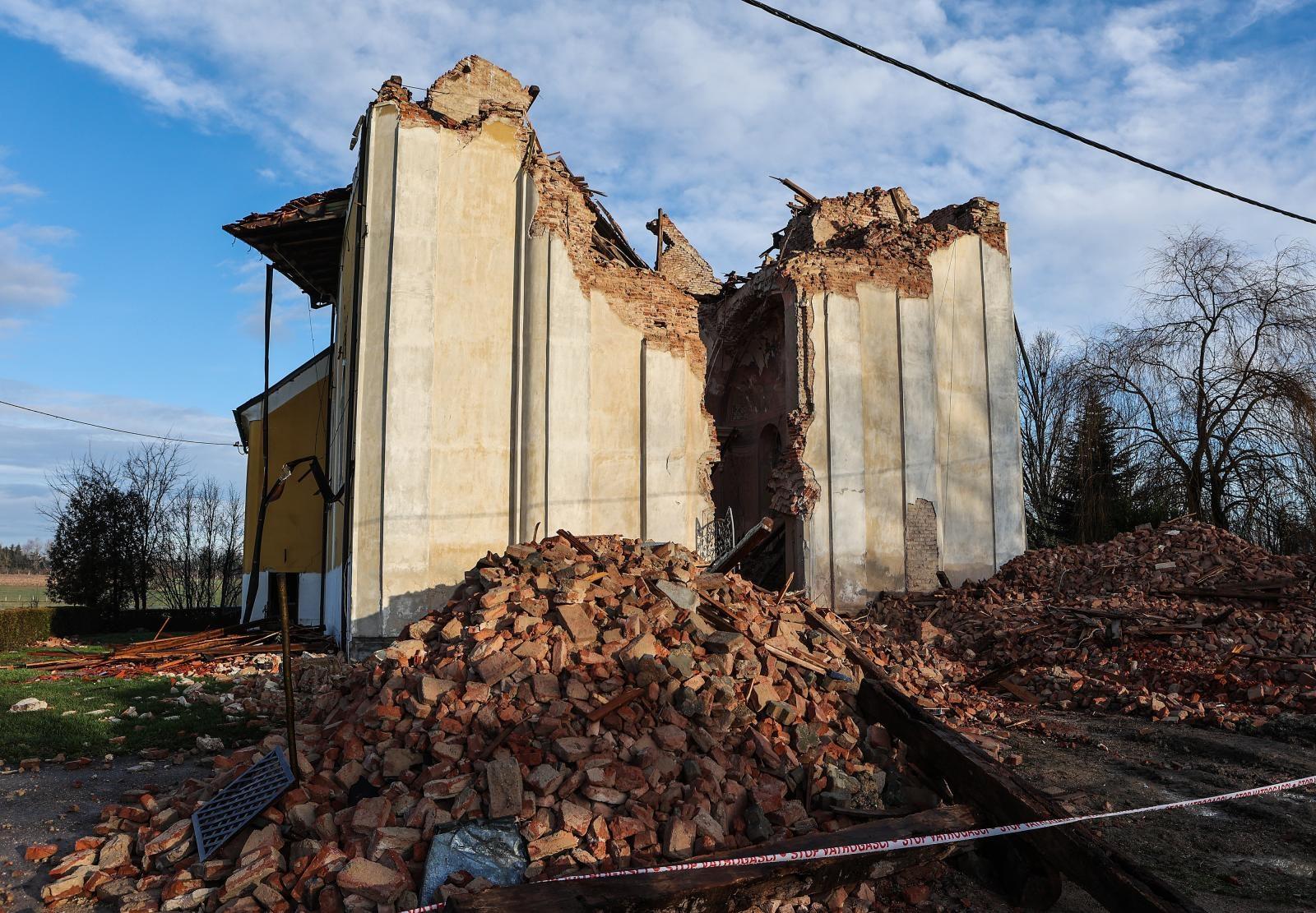 POMOĆ SUSJEDA Mađarska će obnoviti petrinjsku Prvu osnovnu školu i crkvu u Žažini