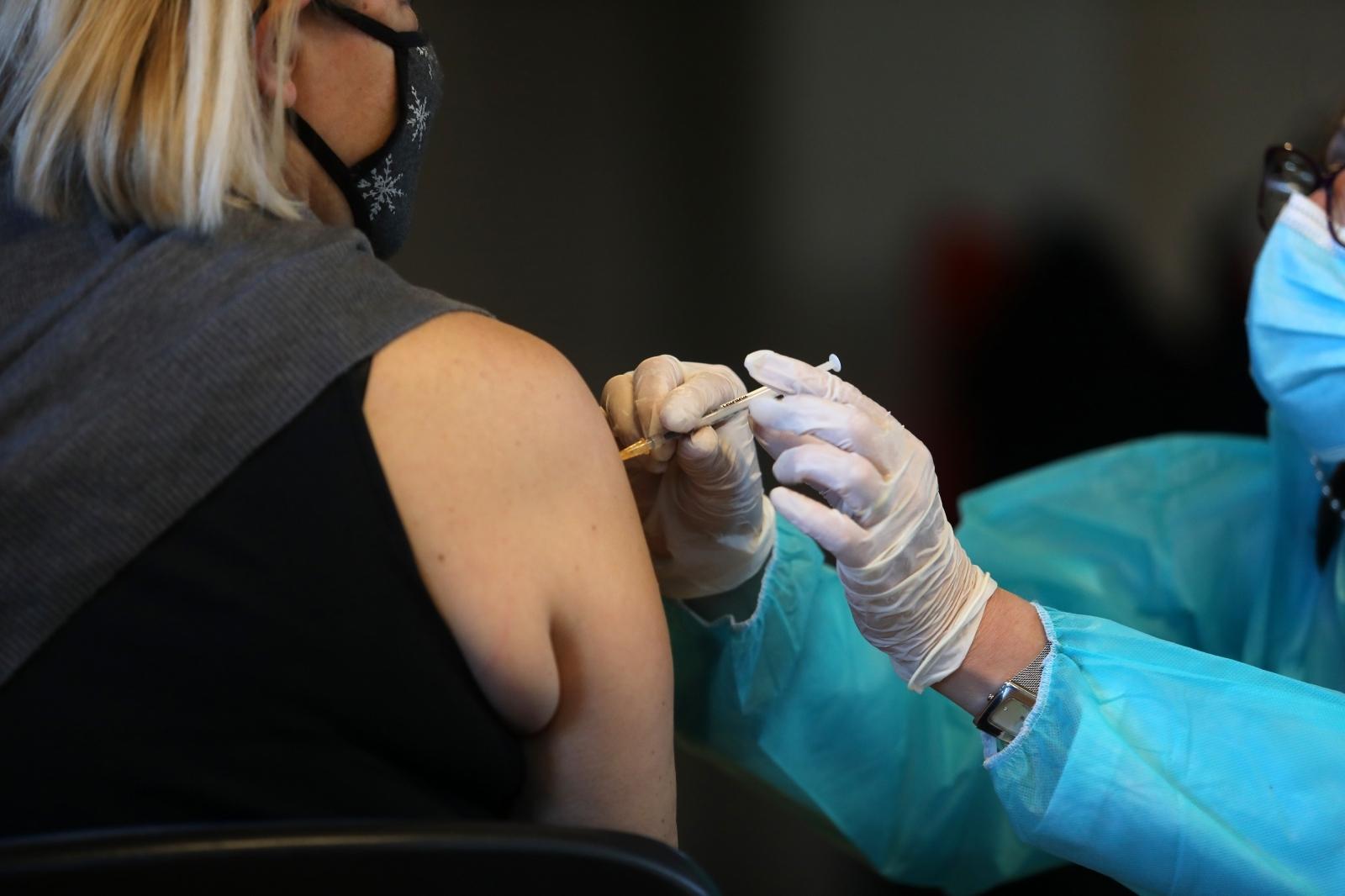 """Stručnjaci upozoravaju: """"Ovako gomilanje cjepiva samo će produžiti pandemiju!"""""""
