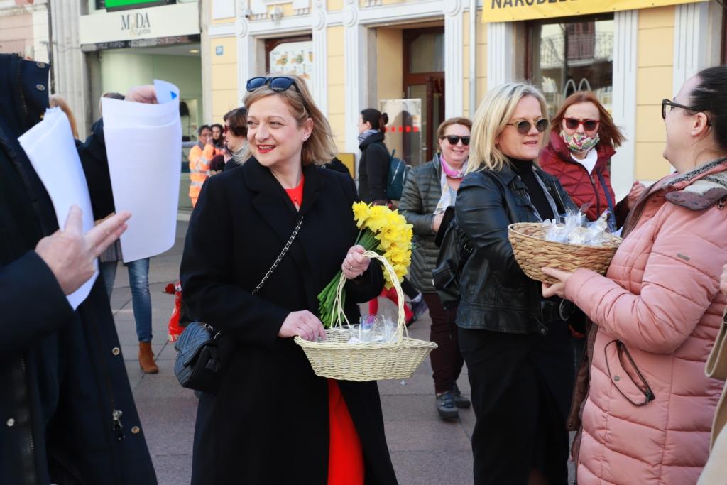 """Ana Blečić Jelenović: """"Seksistički sam napadnuta, poručuju mi da sam prostitutka i da će me """"vratiti na obalu"""""""