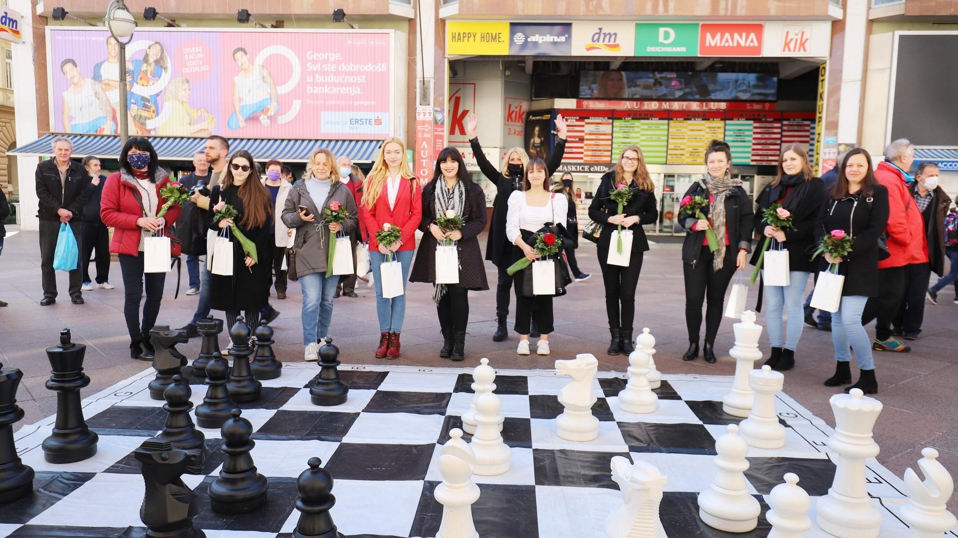 """Na Korzu svečano otvoren 21. međunarodni ženski šahovski turnir """"Cvijet Mediterana"""""""